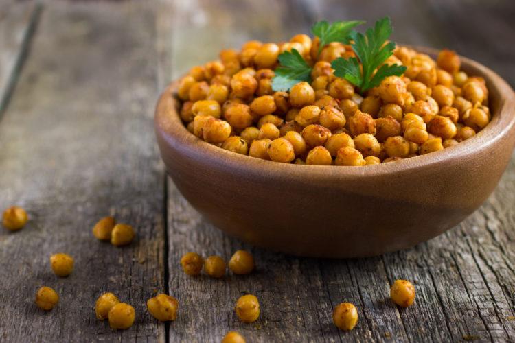 Ricos snack de garbanzos al curry al horno fácil y rápido