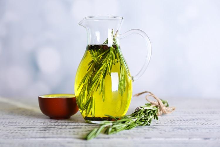 receta-de-aceite-de-romero